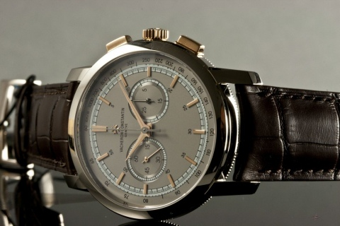 VC_Patrimony.Traditionnelle.Chronograph.White.Gold.jpg